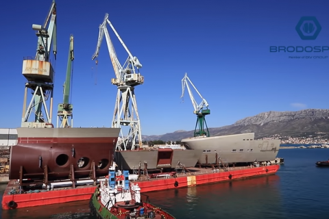 Megasection transportation and delivery for Fincantieri Group