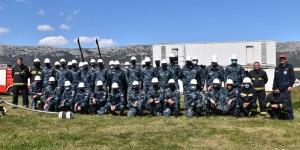 Vježba gašenja požara za kadete studija Vojnog pomorstva