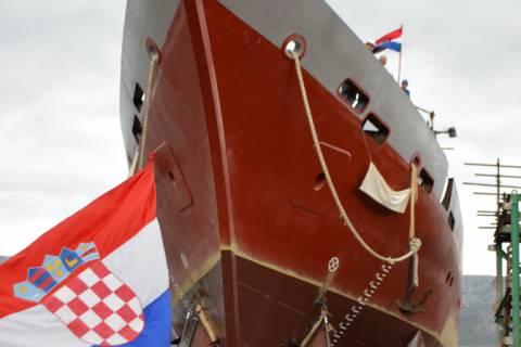 Trojarbolni jedrenjak 'Klara'